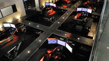 i way gt dossiers gt magazine v12 gt l 39 motion automobile. Black Bedroom Furniture Sets. Home Design Ideas