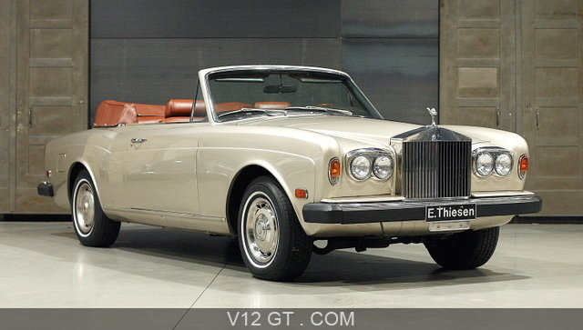 http://www.v12-gt.com/var/v12gt/storage/images/galerie/galeries-photos/galeries-classic/rolls-royce/rolls-royce-corniche-i-blanc-3-4-avant-droit/14577-1-fre-FR/Rolls-Royce-Corniche-I-blanc-3-4-avant-droit_zoom.jpg