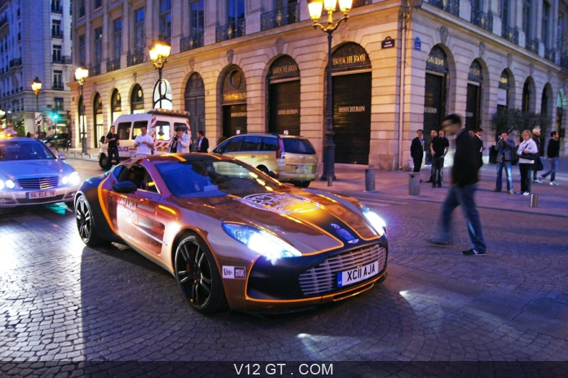 aston martin one 77 3 4 avant droit gumball 3000 2011 paris gt driver les plus belles. Black Bedroom Furniture Sets. Home Design Ideas