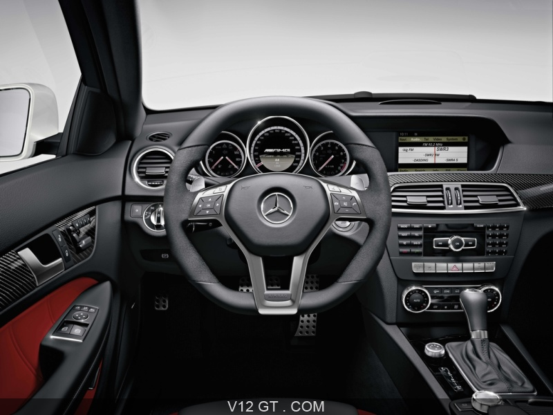 mercedes classe c 63 amg coup une voiture v ritablement sportive. Black Bedroom Furniture Sets. Home Design Ideas