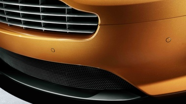 Aston Martin Virage orange spoiler