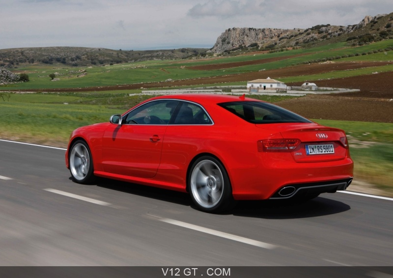 audi rs5 a pens vous et a mis le v8 4 2l maison dans l 39 a5. Black Bedroom Furniture Sets. Home Design Ideas