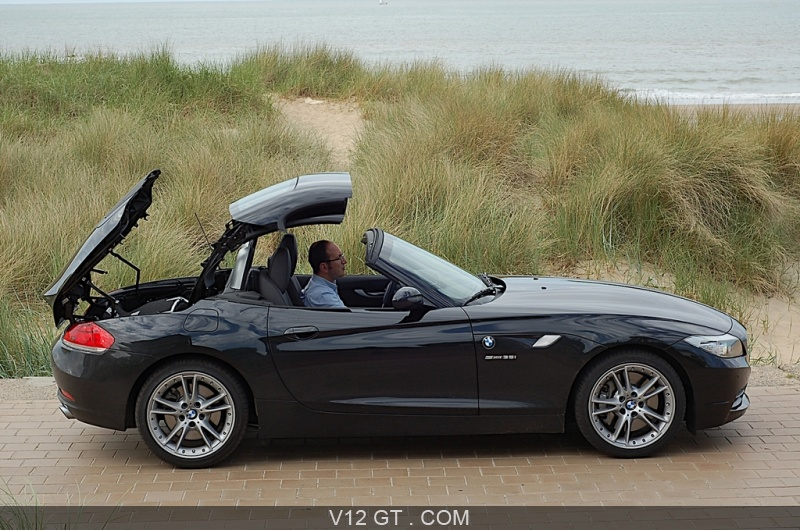 bmw z4 sdrive35i gt essais gt magazine v12 gt l 39 motion automobile. Black Bedroom Furniture Sets. Home Design Ideas