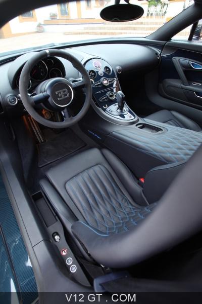 bugatti veyron super sport carbone bleu int rieur debout bugatti photos gt les plus belles. Black Bedroom Furniture Sets. Home Design Ideas
