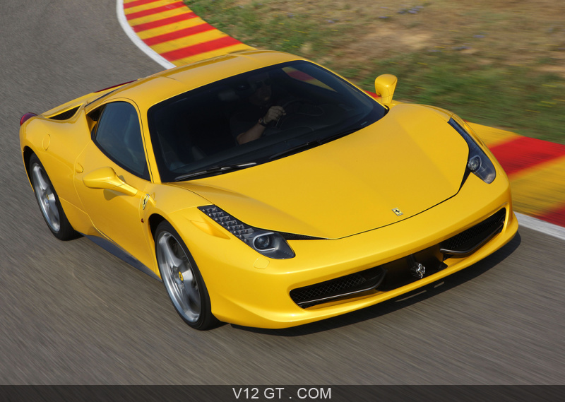 ferrari 458 italia jaune 3 4 avant droit travelling ferrari photos gt les plus belles. Black Bedroom Furniture Sets. Home Design Ideas