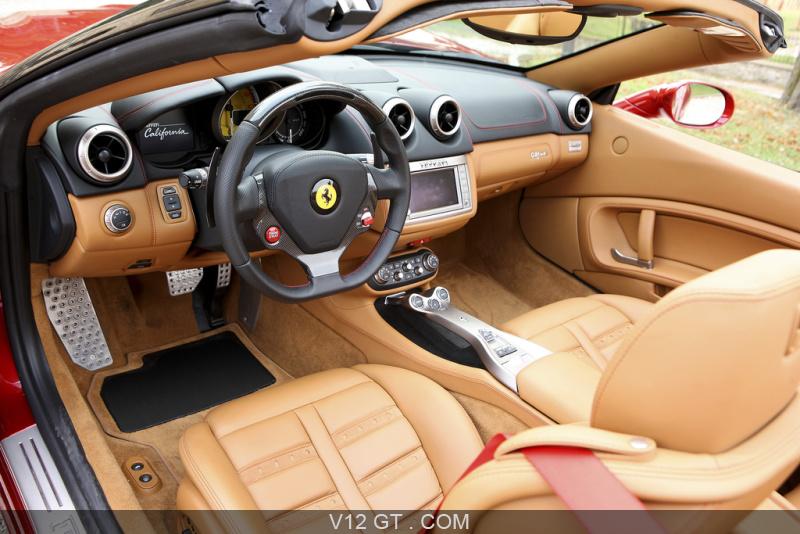 Ferrari California HELE rouge intérieur 2 / Ferrari / Photos GT ...