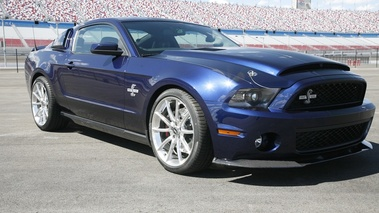 Ford Shelby GT 500 Super Snake 3/4 AV