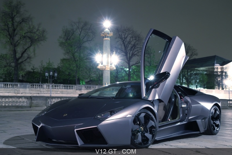 lamborghini reventon coup avec porte papillon gauche ouverte lamborghini photos gt les. Black Bedroom Furniture Sets. Home Design Ideas
