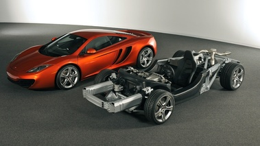 MP4-12C and Rolling chassis