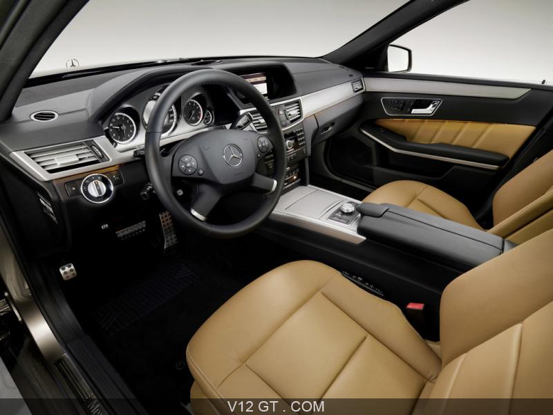 Mercedes Classe E500 Estate marron intérieur 2 / Mercedes Benz ...