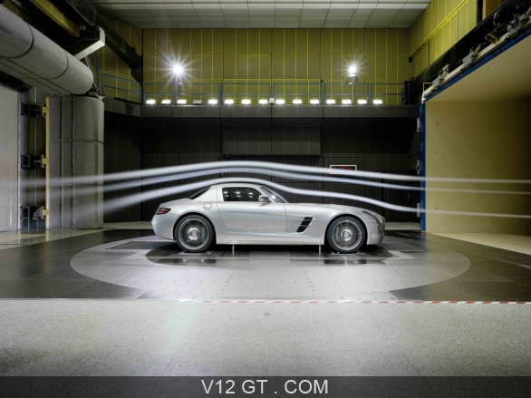Mercedes-SLS-AMG-gris-soufflerie-profil_gallery-full.jpg