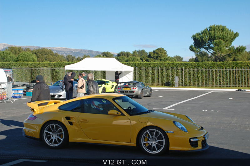 porsche 997 gt2 jaune profil porsche photos gt les plus belles photos de gt et de classic. Black Bedroom Furniture Sets. Home Design Ideas