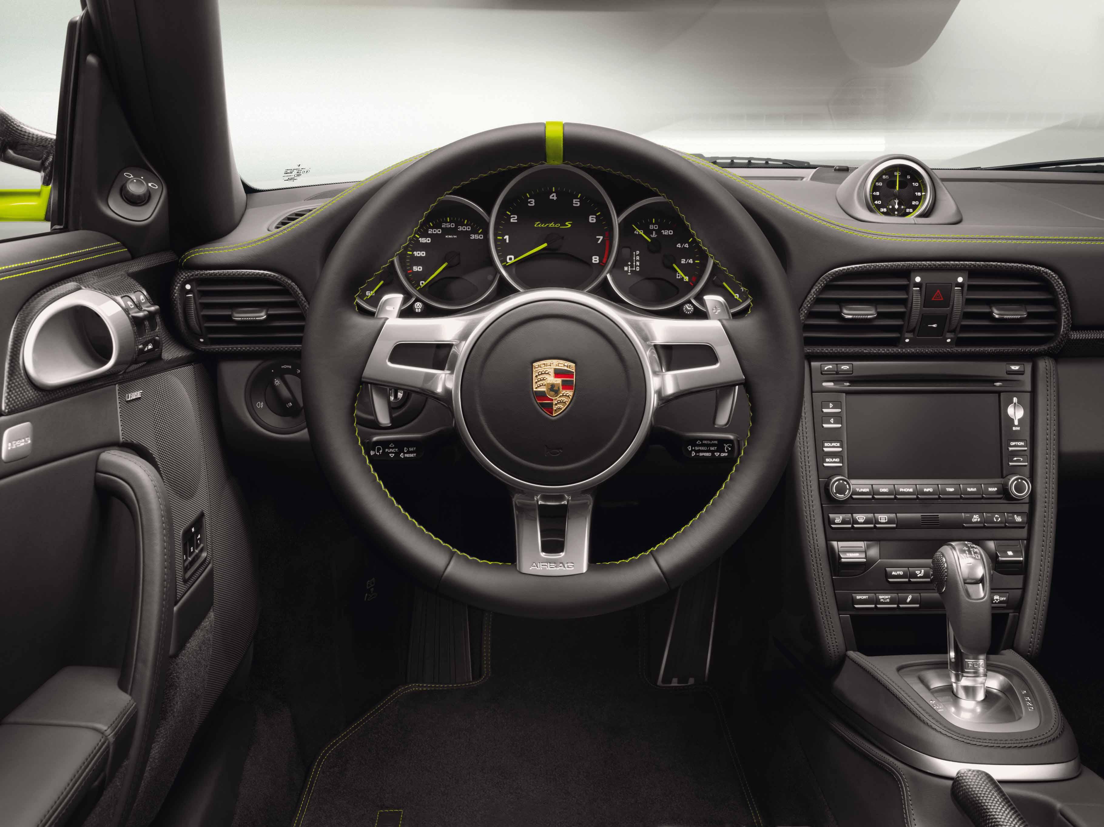 Porsche-997-Turbo-S-Cabriolet-