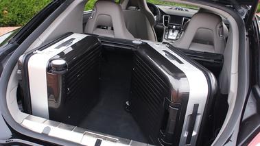 porsche panamera turbo gt essais gt magazine v12 gt l 39 motion automobile. Black Bedroom Furniture Sets. Home Design Ideas