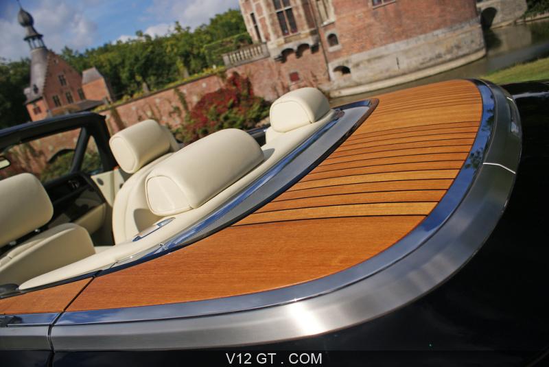 Le bois - le teck Rolls-Royce-Phantom-Drophead-Coupe-noir-teck-2_zoom