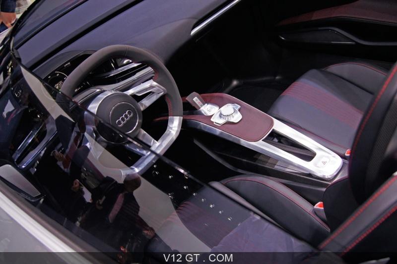 mondial de l 39 automobile paris 2010 audi e tron spyder gris int rieur mondial de l 39 automobile. Black Bedroom Furniture Sets. Home Design Ideas