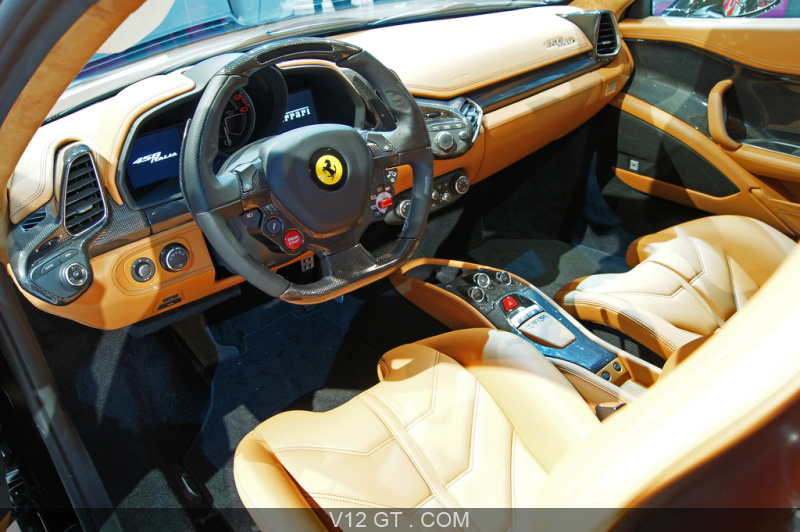mondial de l 39 automobile paris 2010 ferrari 458 italia noir int rieur mondial de l 39 automobile. Black Bedroom Furniture Sets. Home Design Ideas
