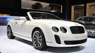 Bentley Continental SuperSports Convertible blanc 3/4 avant droit