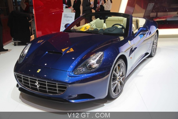 ferrari california bleu 3 4 avant gauche salon de gen ve 2011 photos salons les plus. Black Bedroom Furniture Sets. Home Design Ideas