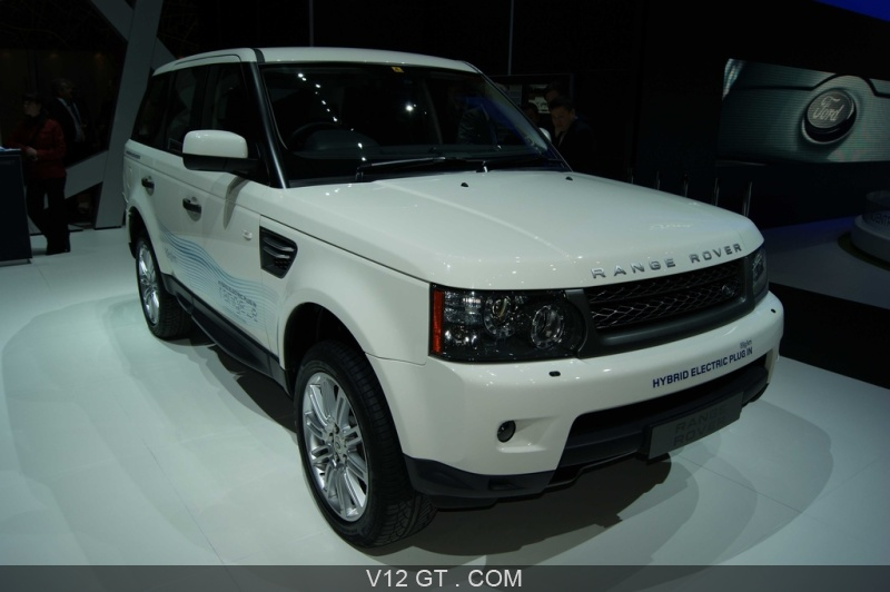 range rover e blanc 3 4 avant droit salon de gen ve 2011. Black Bedroom Furniture Sets. Home Design Ideas