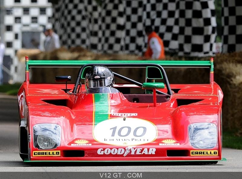 Proto24 Slot4000  Goodwood-Festival-Of-Speed-2011-Ferrari-rouge-face-avant_zoom
