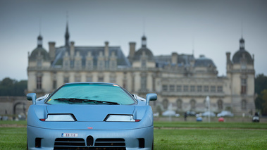 Chantilly Arts & Elégance 2017 - Bugatti EB110 bleu face avant