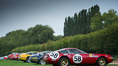 Chantilly Arts & Elégance 2017 - Ferrari 365 GTC/4 Daytona Gr. IV line-up