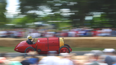 Goodwood Festival of Speed 2017 - ancienne rouge filé