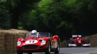 Goodwood Festival of Speed 2017 - Ferrari 250 Testa Rossa rouge 3/4 avant gauche