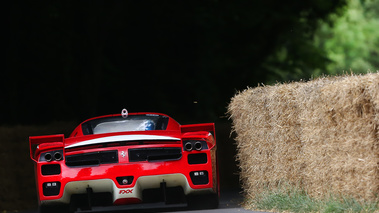 Goodwood Festival of Speed 2017 - Ferrari FXX rouge face arrière