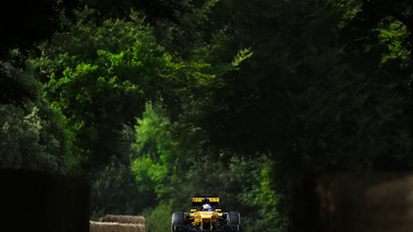 Goodwood Festival of Speed 2017 - Renault F1 jaune face avant