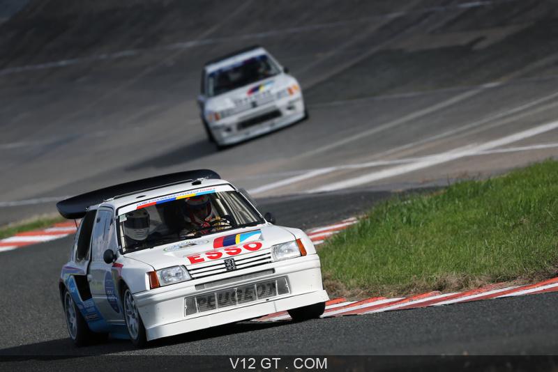 [Montlhéry] Les Grandes Heures Automobile - 24/25.09.16 Les-Grandes-Heures-Automobiles-2015-Peugeot-205-T16-blanc-3-4-avant-droit-2_zoom
