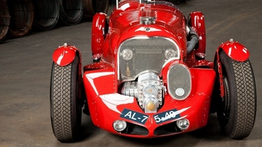 Bentley  R-Type Petersen 6½-Litre Supercharged Road Racer, rouge, face