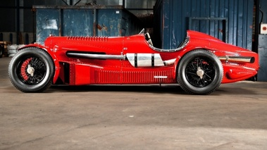Bentley  R-Type Petersen 6½-Litre Supercharged Road Racer, rouge, profil gch