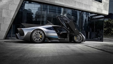 Mercedes AMG Project One gris profil portes ouvertes