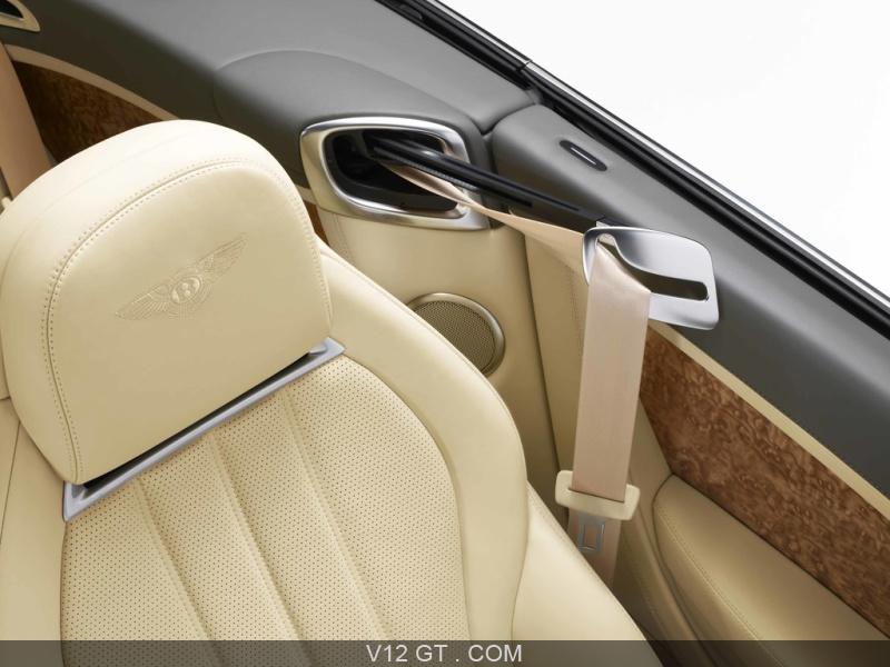 f1fbea339b7a Automobiles Bentley présente ses Continental GT et GTC avec une ...