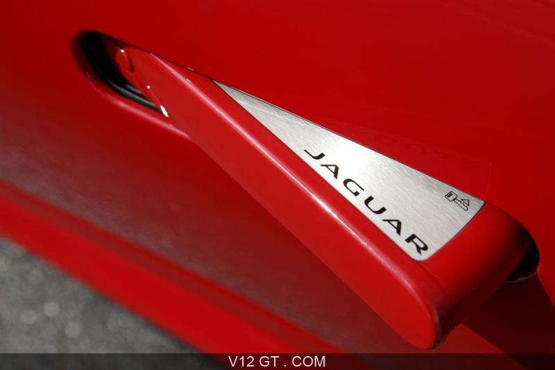 Jaguar F Type S V8 Rouge Poignée De Porte · «