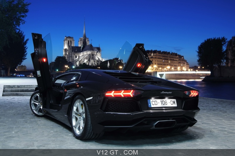 lamborghini aventador noir 3 4 arri re gauche portes ouvertes lamborghini photos gt les. Black Bedroom Furniture Sets. Home Design Ideas