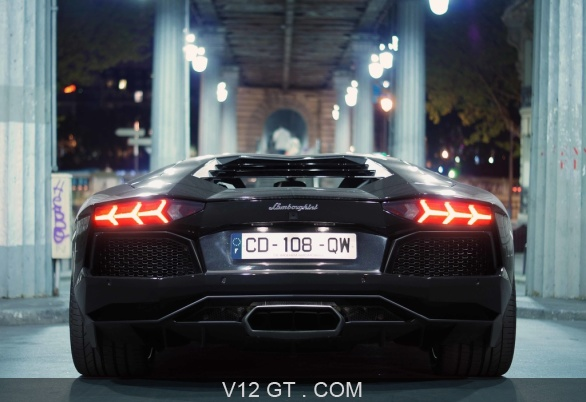 lamborghini aventador noir face arri re lamborghini photos gt les plus belles photos de gt. Black Bedroom Furniture Sets. Home Design Ideas
