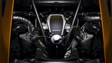 McLaren MP4-12C Can-Am Edition Concept - moteur