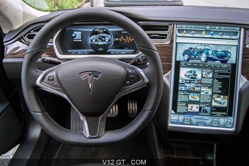 tesla model s p85 anthracite tableau de bord 2 tesla. Black Bedroom Furniture Sets. Home Design Ideas