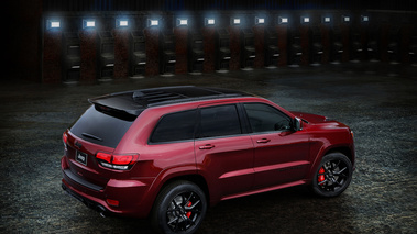 Jeen Grand Cherokee SRT Night Edition - Rouge - 3/4 arrière droit