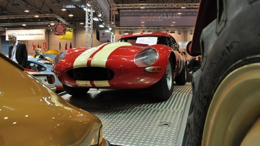 Jaguar E-Type rouge+blanc, cplongée
