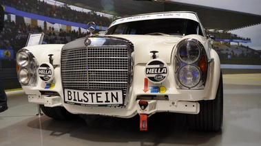 Mercedes 600 race, blanc, face
