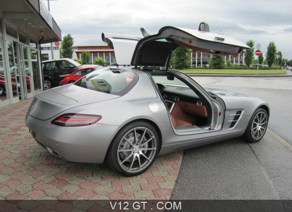 mercedes benz sls amg 2010 petites annonces gratuites. Black Bedroom Furniture Sets. Home Design Ideas