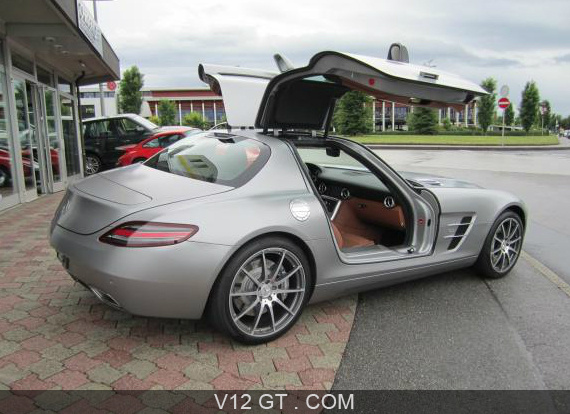 mercedes benz sls amg vendu 2010. Black Bedroom Furniture Sets. Home Design Ideas
